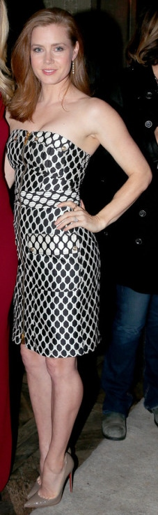 Amy-Adams-in-Diane-von-Furstenberg-PANDORA-Jewelry-and-Moto-X-present-American-Hustle-600x832
