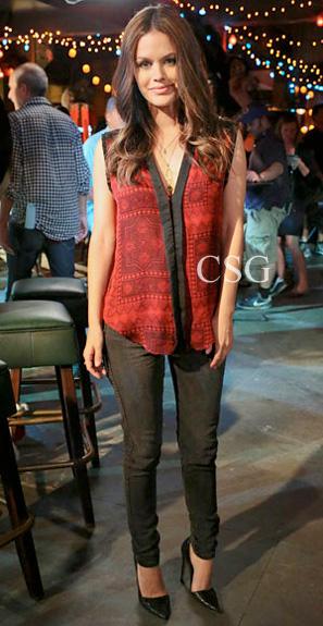 Hart-of-Dixie-Fashion-Rachel-Bilson-Zoe-Hart-Of-Two-Minds-printed-top