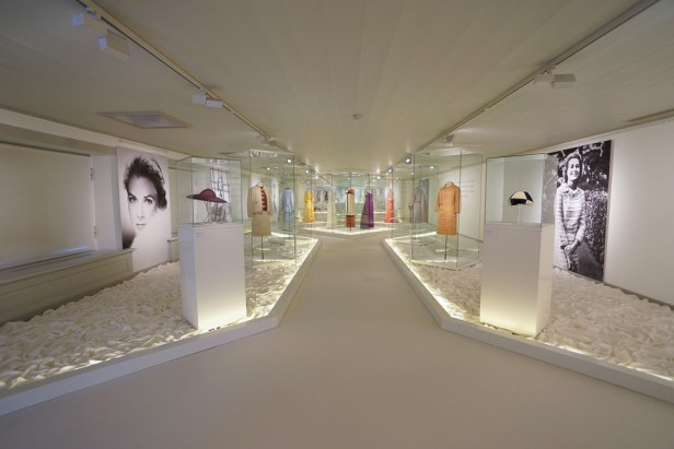 Grace-Kelly-expositie-by-Menno-Mulder-Photography-39