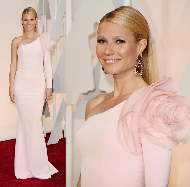 gwyneth-paltrow-2015-oscars-red-carpet-in-hollywood_3
