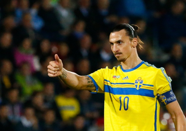 Sweden's Zlatan Ibrahimovic gestures during their Euro 2016 group G qualification soccer match against Liechtenstein in the Rheinpark stadium in Vaduz, Liechtenstein October 9, 2015. REUTERS/Ruben Sprich - RTS3SC4