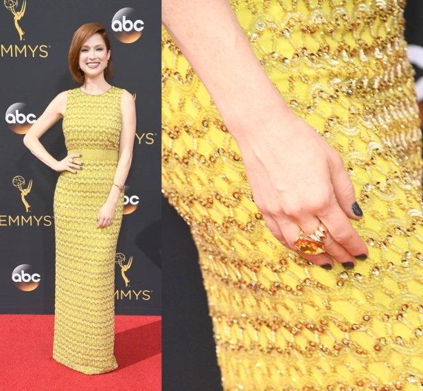 ellie-kemper-unbreakable-kimmy-schmidt-2016-emmy-awards-red-carpet-fashion-jenny-packham-tom-lorenzo-site-2