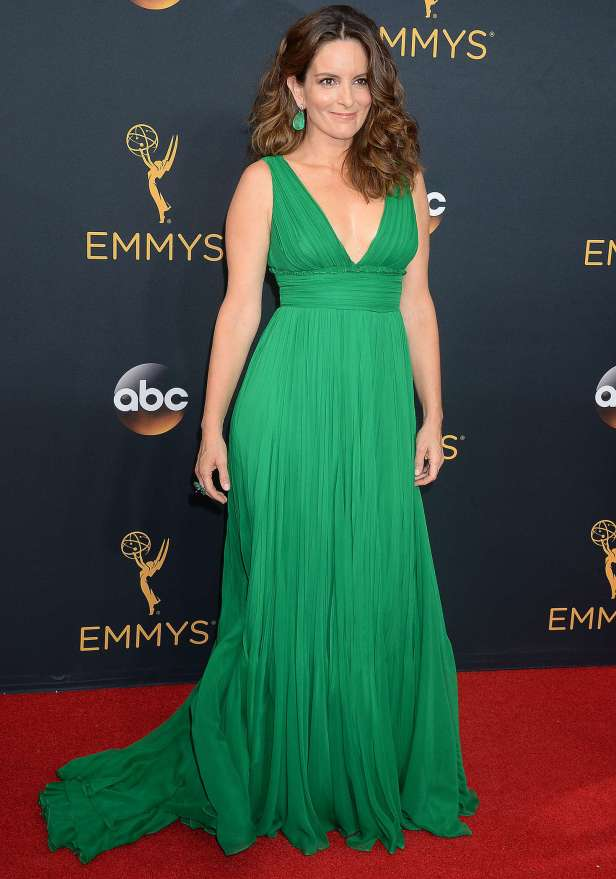 tina-fey-2016-emmy-awards-09