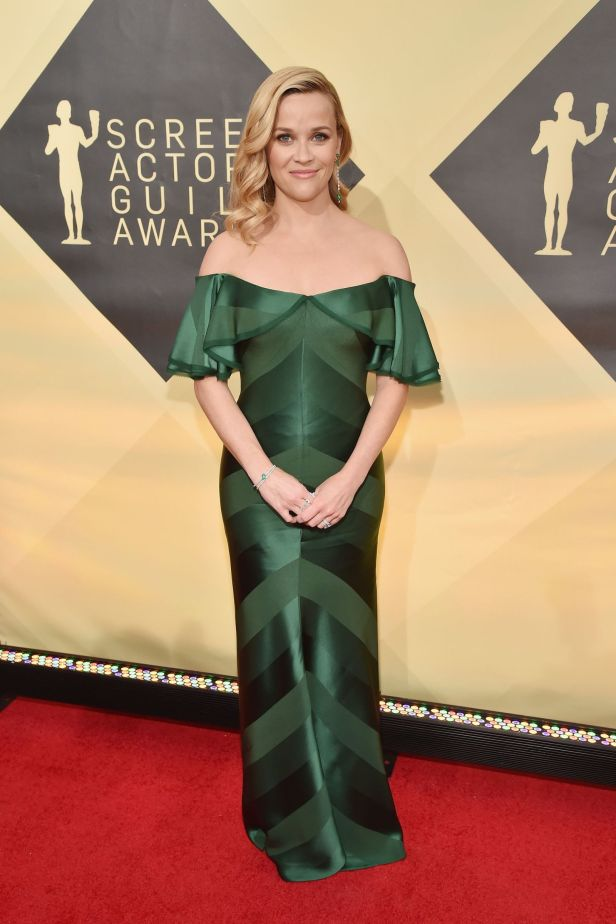 1516593200-hbz-sag-awards-reese-witherspoon-1516582458 (1)