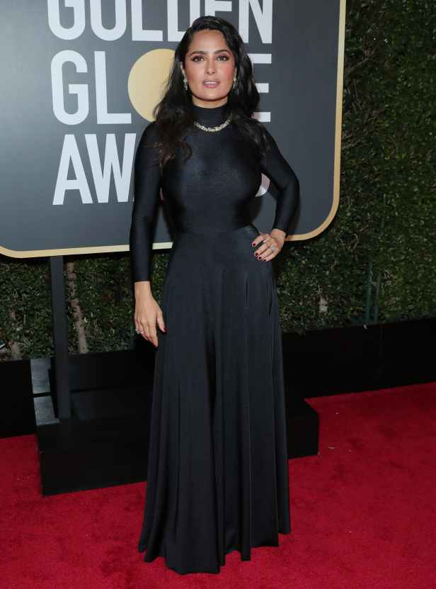 salma_hayek_2018_golden_globes_red_carpet